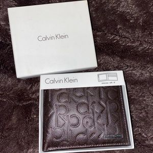 Calvin Klein men's leather wallet NWT